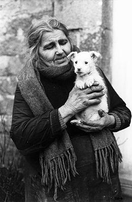 anjela-duval-et-son-chien